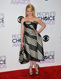 Melissa Rauch Photo - Melissa Rauch at the Peoples Choice Awards 2016 at the Microsoft Theatre LA Live January 6 2016  Los Angeles CAPicture Paul Smith  Featureflash