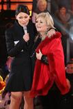 Linda Nolan Photo - Linda Nolan Emma Willis at Celebrity Big Brother 2014 - Contestants Enter The House Borehamwood 03012014 Picture by Henry Harris  Featureflash