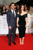 Aidan Turner Photo - Heida Reed  Aidan Turner at The National Television Awards 2016 (NTAs) held at the O2 Arena London January 20 2016  London UKPicture James Smith  Featureflash