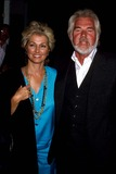Kenny Rogers Photo - Kenny Rogers with Marianne Gordon 1987 14630 Photo by Phil Roach-ipol-Globe Photos Inc