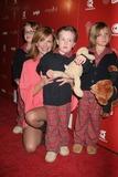 Hot Moms Club Photo 3