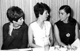 Vicki Lawrence Photo - Vicki Lawrence Carol Burnett with Her Sister SnGlobe Photos Inc Carolburnettretro
