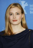 Gillian Jacobs Photo 3