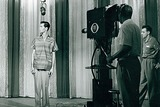 Johnny Carson Photo - Tv Film Still Supplied by Smp-Globe Photos Inc Johnny Carson Johnnycarsonretro