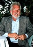 Kenny Rogers Photo - Kenny Rogers Photo Bypaula ColellamichelsonGlobe Photos Inc 1988 Kennyrogersretro