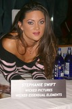 Stephanie Swift Photo 3