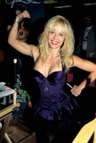 Linnea Quigley Photo 3