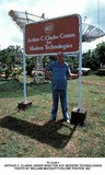 Arthur C Clarke Photo - Ti 3124-1 Arthur C Clarke Under Sign For Acc Modern Technologies Photo by William MacquittyGlobe Photos Inc