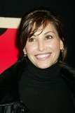 Gina Gershon Photo 3
