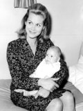 Elizabeth Montgomery Photo 3