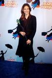 Natalie Morales Photo 3