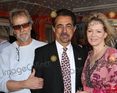 Photos And Pictures 29 April 2011 Hollywood California Richard Gilliland Joe Mantegna Jean Smart Joe Mantegna Receives The 2 438th Star On The Hollywood Walk Of Fame In The Category Gilliland was born in fort worth, texas. richard gilliland joe mantegna jean