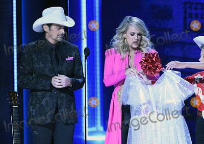 Photos From 52nd Annual CMA Awards - Show