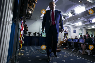 Photos From President Trump Coronavirus Press Conference