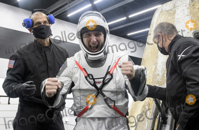 Photo - NASAs SpaceX Crew-1 Splashdown
