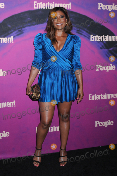 Photo - Entertainment Weekly  People New York Upfronts Celebration in NYC