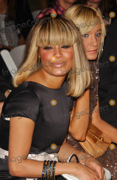 Blu Cantrell Photo - Blu Cantrell and Yana Kat the Crystal Canine Fashion Show LA Dogworks Los Angeles CA 04-23-07