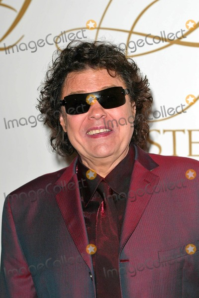 Ronnie Milsap Photo - Ronnie Milsap at the Morehouse College Tribute to fund the Ray Charles Performing Arts Center at the Beverly Hilton Hotel Beverly Hills CA 09-29-04