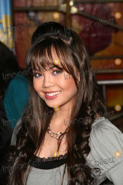 Photo - High School Musical 2 DVD Premiere