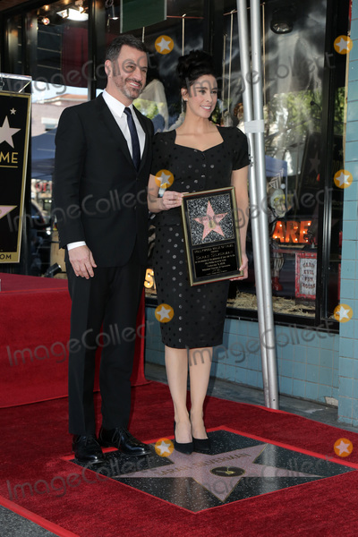 Photo - LOS ANGELES - NOV 9  Jimmy Kimmel Sarah Silverman at the Sarah Silverman Star Ceremony on the Hollywood Walk of Fame on November 9 2018 in Los Angeles CA