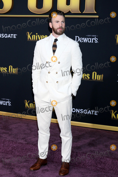 Photo - Knives Out Premiere