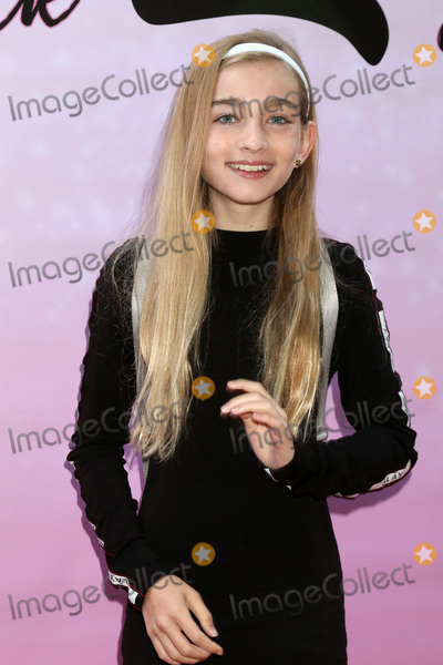 Photo - To the Beat Back 2 School World Premiere Arrivals