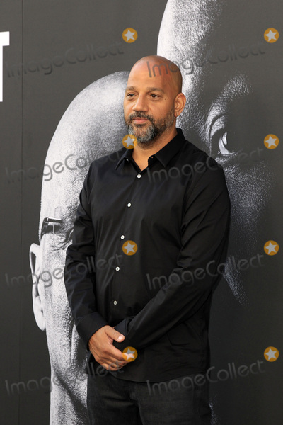Allen Hughes Photo - LOS ANGELES - JUN 22  Allen Hughes at The Defiant Ones HBO Premiere Screening at the Paramount Theater on June 22 2017 in Los Angeles CA