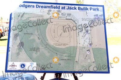 Photos From Dodgers Dreamfield 51 Universally Accessible Field Groundbreaking Ceremony