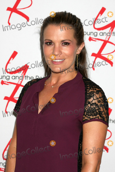 Photo - LOS ANGELES - AUG 19  Melissa Claire Egan at the Young and Restless Fan Event 2017 at the Marriott Burbank Convention Center on August 19 2017 in Burbank CA
