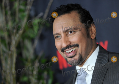 Aasif Mandvi Photo - Photo by Dennis Van TinestarmaxinccomSTAR MAX2017ALL RIGHTS RESERVEDTelephoneFax (212) 995-119611117Aasif Mandvi at a screening of Lemony Snickets A Series of Unfortunate Events(NYC)