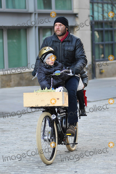 Photo - Liev Schreiber and sons sighting in NYC