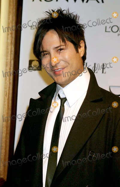 Photo - Archival Pictures - Henrymcgee - 190247