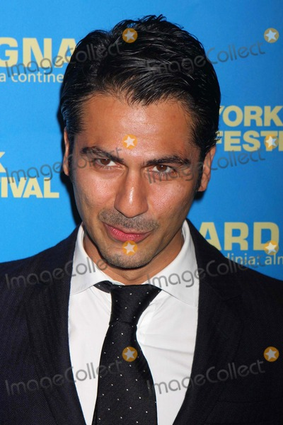 ARMIN AMIRI Photo - Armin Amiri Arriving at the New York Film Festival Closing Night Screening of the Wrestler at Avery Fisher Hall Lincoln Center in New York City on 10-12-2008 Photo by Henry McgeeGlobe Photos Inc 2008