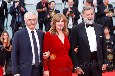 Alain Goldman Photo - VENICE ITALY - SEPTEMBER 07 Alain Goldman Emmanuelle Seigner and Luca Barbareschi walk the red carpet ahead of the closing ceremony of the 76th Venice Film Festival at Sala Grande on September 07 2019 in Venice Italy (Photo by Laurent KoffelImageCollectcom)