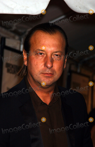 Helmut Lang Photo - NEW YORK DECEMBER 6 2005    Helmut Lang at the Focus Features Brokeback Mountain Premiere