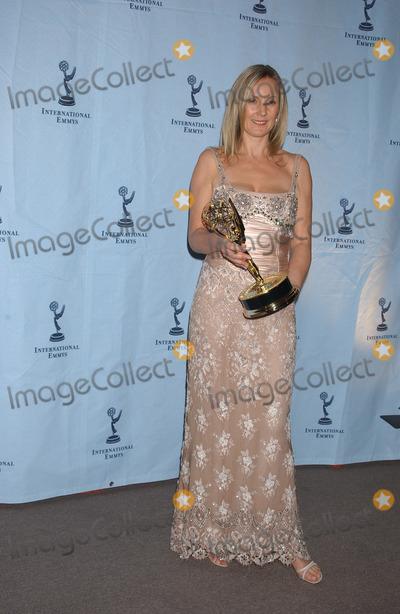 Angela Stephenson Photo - NEW YORK NOVEMBER 22 2004    Angela Stephenson and at the International Emmy Awards held in New York City