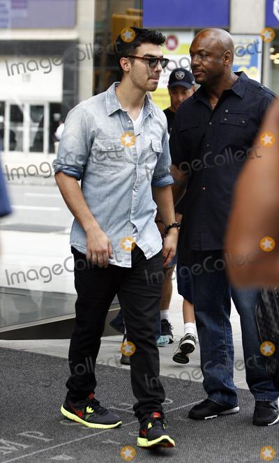 Photos From Joe Jonas sighting