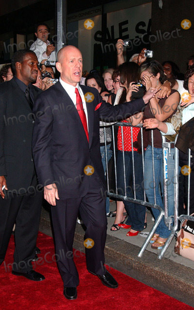 Photo - LIVE FREE OR DIE HARD PREMIERE