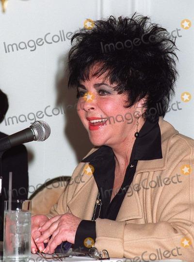 Photo - Elizabeth Taylor press conference