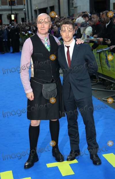 Irvine Welsh Photo - Irvine Welsh and James McAvoy arriving for the UK premiere of Filth held at the Odeon - ArrivalsLondon 30092013 Picture by Henry Harris  Featureflash