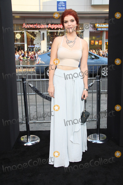 Photo - The Los Angeles World Premiere of If I Stay