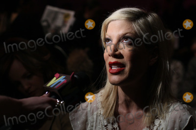 Photos and pictures actress tori spelling attends the for Spell mercedes benz