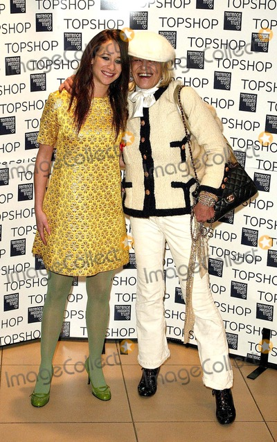 Anita Pallenberg Photo - London Leah Wood and Anita Pallenberg at the Topshop Jumbo Thrift Sale -  sale of vintage garments donated by fashion houses such as YSL Valentino Armani and Gucci Proceeds go to the Terrence Higgins Trust for World Aids Day Held at Topshop Oxford Street1 December 2004Paul AshbyLandmark Media