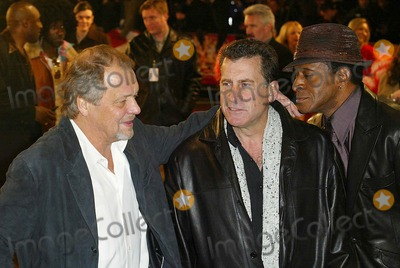 Antonio Fargas Photo - London David Soul Paul Michael Glaser and Antonio Fargas at the premiere of the new Starsky and Hutch film at the Odeon Leicester Square11 March 2004ALEXANDRELANDMARK MEDIA LMK