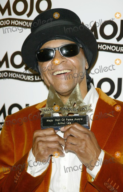 Arthur Lee Photo - London Arthur Lee at the Inaugural MOJO Honours List which took place at Banqueting House in Whitehall The British music magazines aim is to award the greatest names in music 22nd June 2004pictures by AXELLANDMARK MEDIA LMK