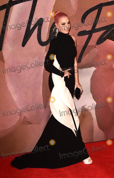 Photo - The Fashion Awards 2016