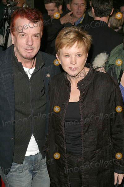Nicki Haslem Photo - London Anne Robinson and Nicky Haslem at the premiere of Suzy Gold 3rd March 2004 PICTURES BY GOFFREDO CROLLALANZALANDMARK MEDIA