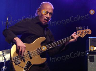 Norman Watt-Roy Photo - London UK  Norman Watt-Roy  plays O2 Forum Kentish  Town London  with Wilko Johnson on 23rd April 2016 Ref LMK73-60297-240416Keith MayhewLandmark Media WWWLMKMEDIACOM