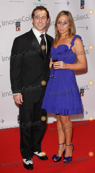Andy Gomarsall Photo - London UK Andy Gomarsall and guest  at the Emeralds and Ivy Ball in aid of Cancer Research UK sponsored by Allied Irish Bank and hosted by Ronan Keating Held at Old Billingsgate Market London  30th November 2007Keith MayhewLandmark Media