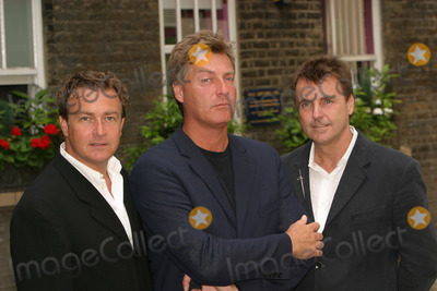 Anthony Critchlow Photo - London Stars of the for the Here and Now event- a Pop nostagia tour for stars from the 1980s and 1990s Living in a Box L-R Marcus Vere Richard Darbyshire and Anthony Critchlow 9th June 2004 PICTURES BY PAOLO PIREZLANDMARK MEDIA
